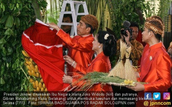 Detik-detik Mengharukan saat Jokowi Melepas Kahiyang Ayu - JPNN.COM