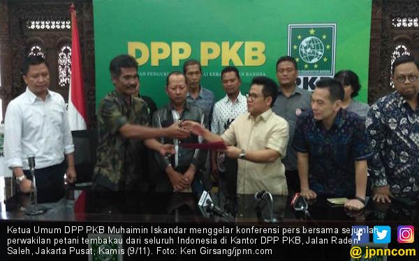PKB Desak Pemerintah Perhatikan Nasib Petani Tembakau - JPNN.COM