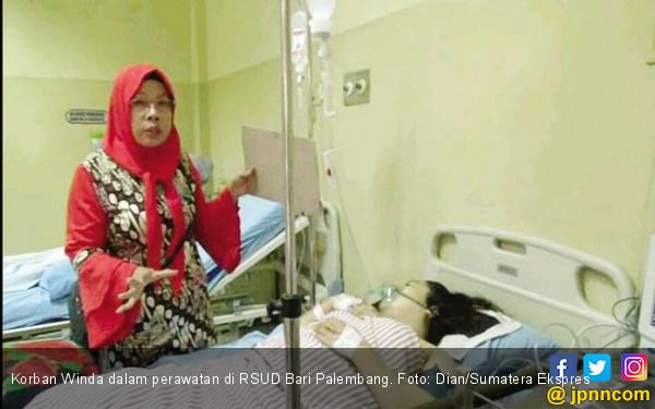 Dor! Mahasiswi Ditembak Seorang Pria di Depan Ibunya - JPNN.COM