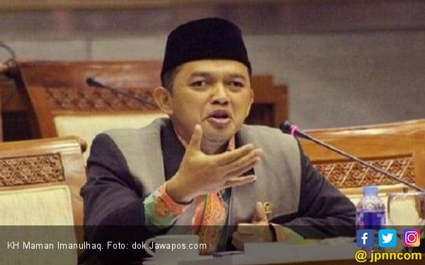 Dukung Kiai Maman Imanulhaq jadi Pendamping Ridwan Kamil - JPNN.COM