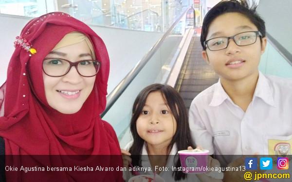 Anak Unggah Foto Ini, Okie Agustina: Bukan Pacaran Anak Gede - JPNN.COM