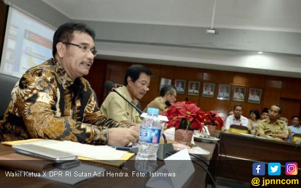 295 Ribu Guru Akan Pensiun, Honorer Harus Diangkat jadi PNS - JPNN.COM