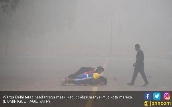 Polusi Parah, Helikopter Tak Bisa Terbang - JPNN.COM
