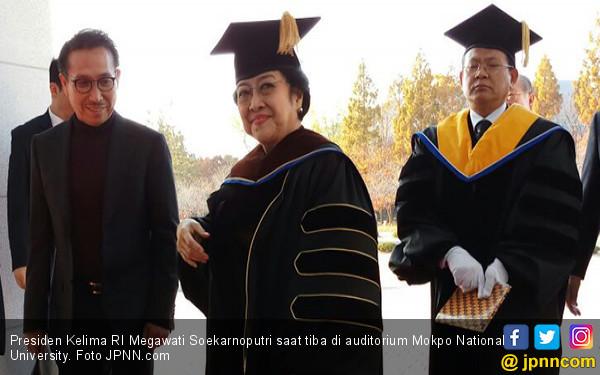 Satu Lagi, Gelar Doktor Honoris Causa untuk Megawati - JPNN.COM