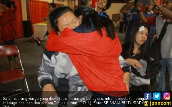 Evakuasi 344 Warga Diwarnai Tembakan dari KKB, Tegang! - JPNN.COM