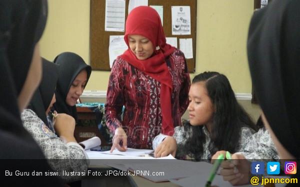 Janji Tuntaskan Kekurangan Guru Sebelum Pensiun - JPNN.COM