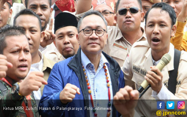 Cerita Zulkifli Hasan yang Jago Pilih Durian - JPNN.COM