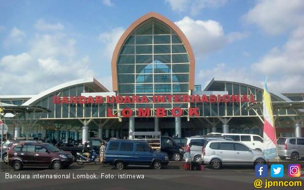Air Rescue Fire Fighting Bergerak Cepat Atasi Jatuhnya Helikopter di Bandara Internasional Lombok - JPNN.com
