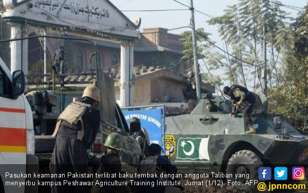Serbu Universitas, Anggota Taliban Menyamar Jadi Perempuan - JPNN.com