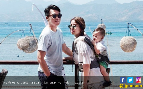 Program Bayi Tabung Gagal, Tya Ariestya Kecewa? - JPNN.COM