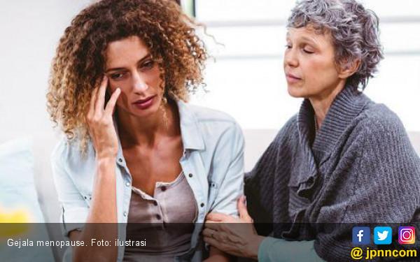 Benarkah Pusing Gejala Menopause? - JPNN.COM