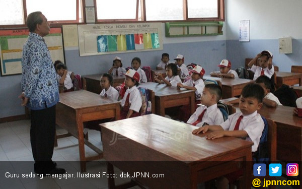 Kemendikbud Rekrut 9 Ribu Guru Garis DepanTahun Ini - JPNN.COM