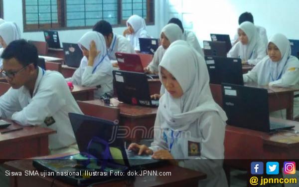 Dana BOS Telat, Biaya UN Ditanggung Siswa - JPNN.COM