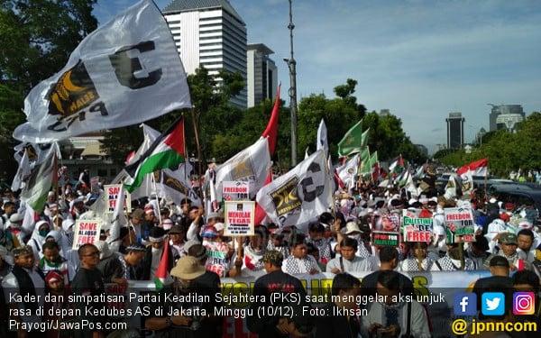 Sambangi Anggota Pakatan Harapan, PKS Singgung Nasib TKI - JPNN.com