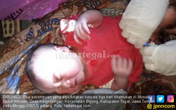 Ayo Ngaku, Siapa Nekat Buang Bayi di Pojok Musala? - JPNN.COM