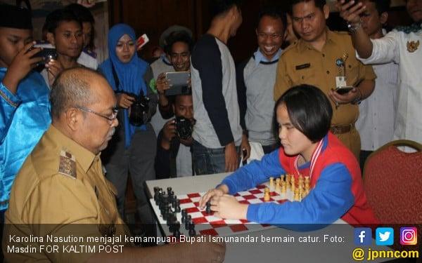 Karolina Nasution, Gadis Tunanetra Jago Catur, Skak! - JPNN.COM