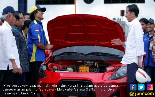 Jokowi Pengin Indonesia Bangun Mobil Listrik Sendiri - JPNN.com