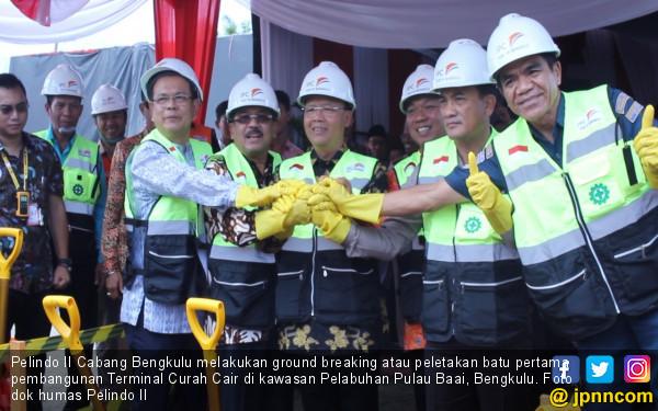 Pelindo II Ground Breaking Pembangunan Terminal Curah Cair - JPNN.COM