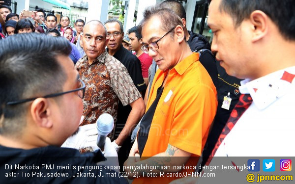 Tio Pakusadewo Terancam Hukuman 20 Tahun Penjara - JPNN.com