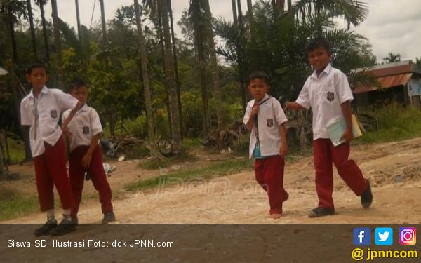 Gegara PPDB Sistem Zonasi, 100 Anak Tidak Bisa Lanjut ke Sekolah Negeri - JPNN.com
