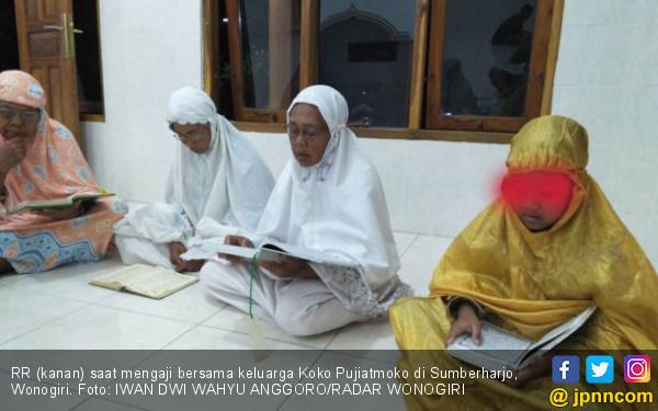 Kisah Gadis Kecil Tengah Malam Menangis di Dekat Kuburan - JPNN.COM