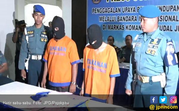 Jaringan Aceh Sembunyikan Sabu-Sabu di Sepatu - JPNN.COM