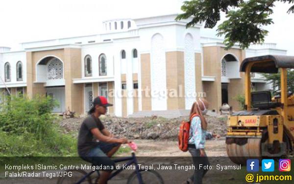 APBD Cupet, Proyek Islamic Centre Mandek - JPNN.COM