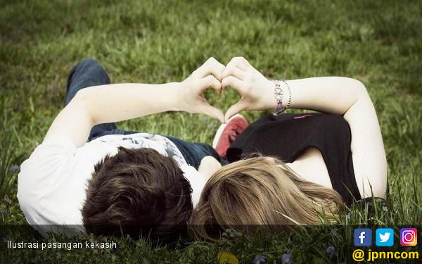 Kiat Memaafkan Pasangan yang Berselingkuh - JPNN.COM