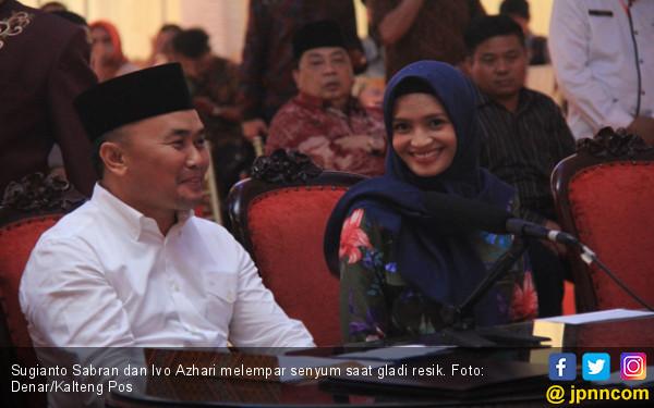Pak Gubernur Belum Minta Restu Orang Tua - JPNN.com