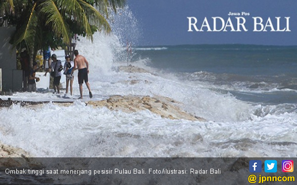 Terseret Ombak di Bali, Turis Arab Berhasil Diselamatkan - JPNN.com