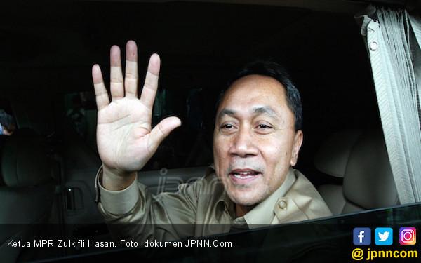 Detik- Detik Menjadi Ketua MPR, Zulhas Dibawa ke Rumah SBY - JPNN.COM