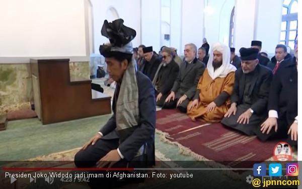 Pak Jokowi jadi Imam di Afghanistan, Lihat Videonya - JPNN.COM