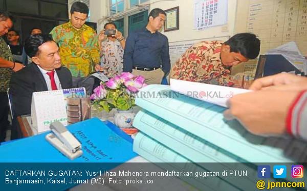 Wakili Perusahaan Tambang, Prof Yusril Gugat Gubernur Kalsel - JPNN.COM