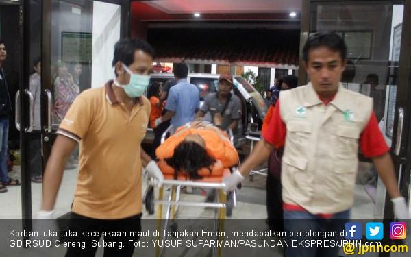 Kesaksian Korban Selamat Kecelakaan Maut di Tanjakan Emen - JPNN.COM