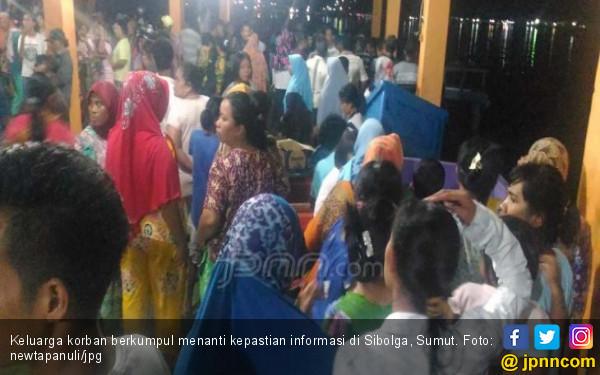 9 Jenazah Diduga ABK KM Mega Top III Ditemukan di Pulau Babi - JPNN.com