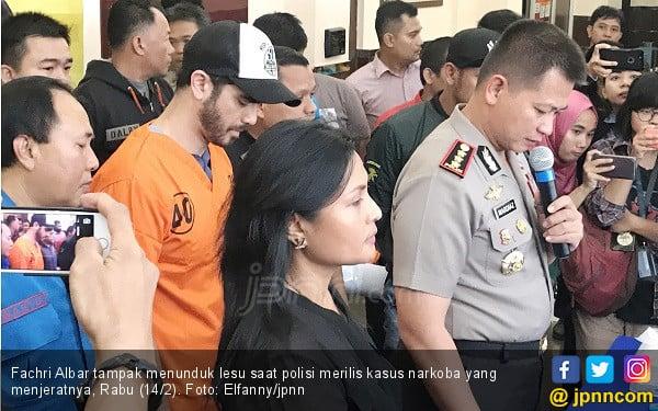 Polisi Intai Fachri Albar Selama 3 Bulan - JPNN.COM