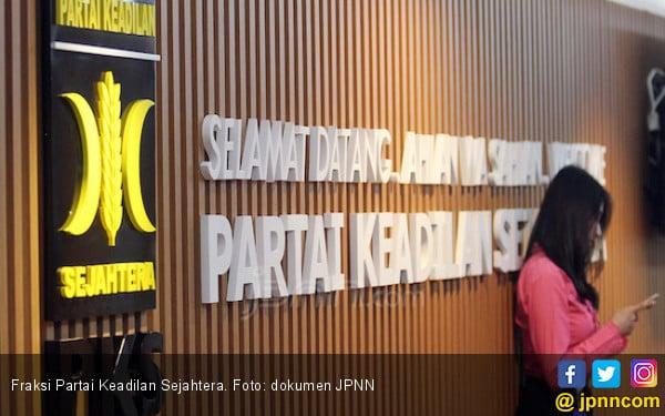 PKS Berkhidmat untuk Rakyat dengan Tiga Pro - JPNN.COM