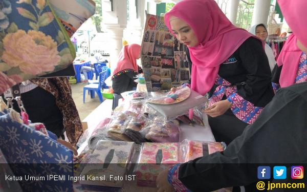 Ingrid Kansil Berdayakan Perempuan di Kabupaten Bogor - JPNN.COM