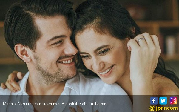 Marissa Nasution Sedih Kehilangan Salah Satu Bayi Kembarnya - JPNN.COM