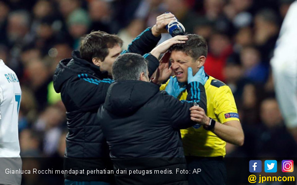 Lihat! Betapa Sakitnya Kena Bola Tendangan Neymar - JPNN.COM