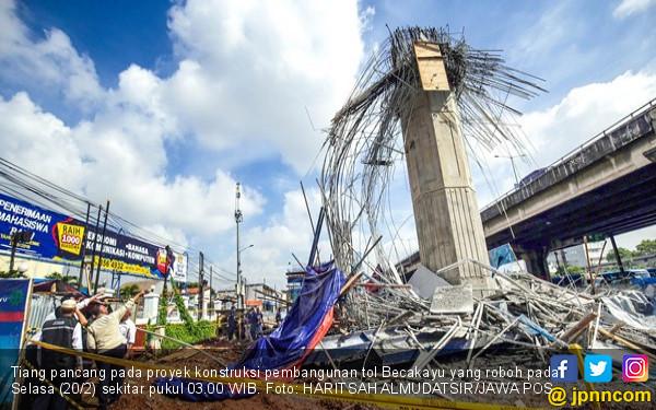 Apa Pemicu Pierhead Penyangga Tol Becakayu Roboh? - JPNN.COM