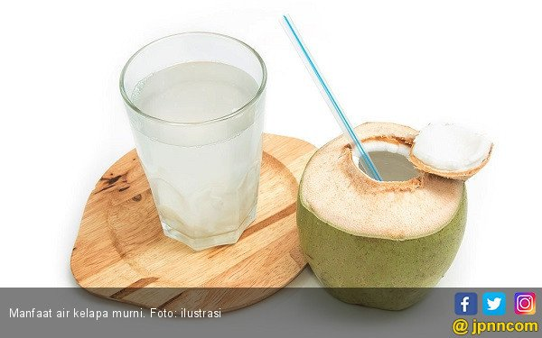 Manfaat Air Kelapa Murni untuk Kesehatan - JPNN.COM