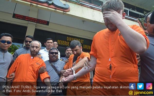 Pakai Alat dari Tiongkok, Sindikat Turki Sasar ATM di Bali - JPNN.COM