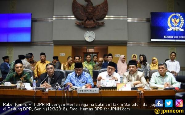 BPIH Naik 0,9%, DPR Minta Pelayanan Haji Harus Ditingkatkan - JPNN.COM