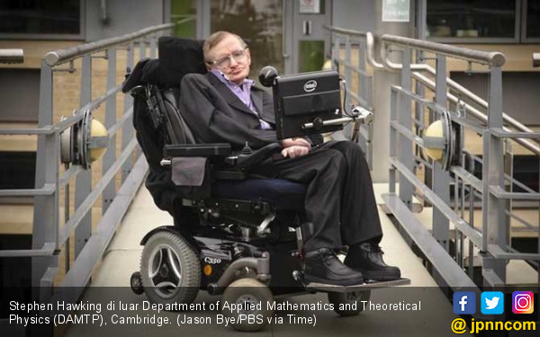 Stephen Hawking Yakin Alien Ancaman bagi Umat Manusia - JPNN.COM