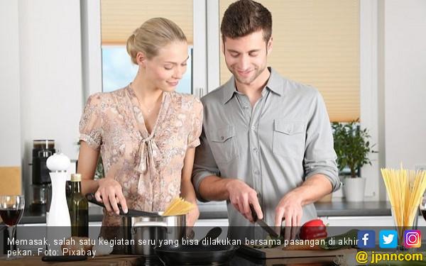 Lebih Intim, 8 Kegiatan Ini Cocok Dilakukan Bersama Pasangan - JPNN.COM