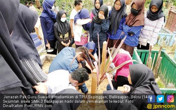 Pembunuh Pak Guru Itu Minta Nasi Goreng - JPNN.COM