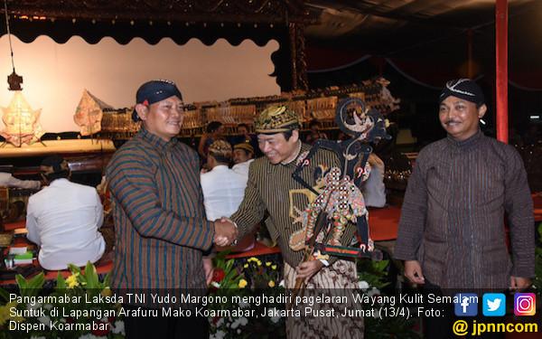 Lestarikan Budaya Indonesia, Koarmabar Gelar Wayang Kulit - JPNN.COM