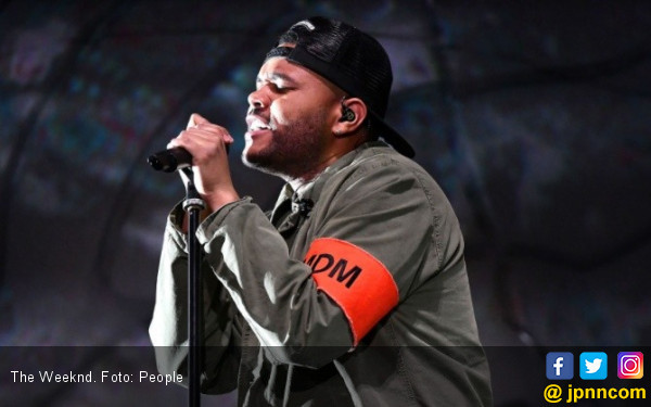 Wow, The Weeknd Masuk Rajai Nominasi Billboard Music Awards 2021 - JPNN.com