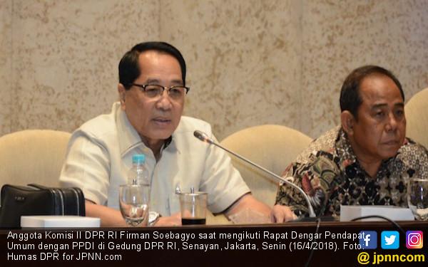 DPR Dorong Pemerintah Selesaikan Persoalan Perangkat Desa - JPNN.COM